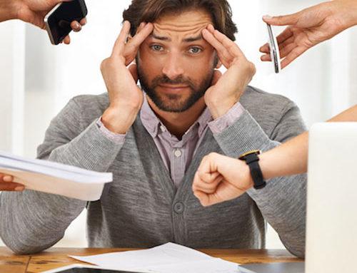 Una vita multitasking ci rende più intelligenti o solo più nevrotici? (di Simonetta Tassinari)