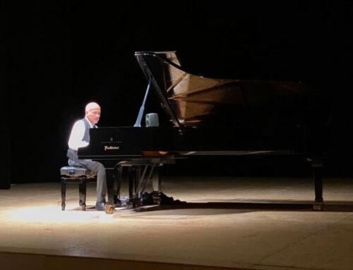 La musica oltre il Covid. Danilo Rea incanta il Teatro Savoia